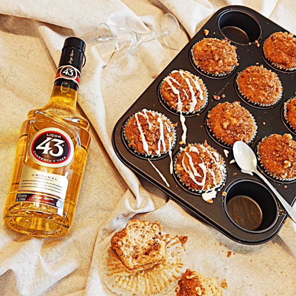 Muffins mit Zimt, Streuseln und Vanille