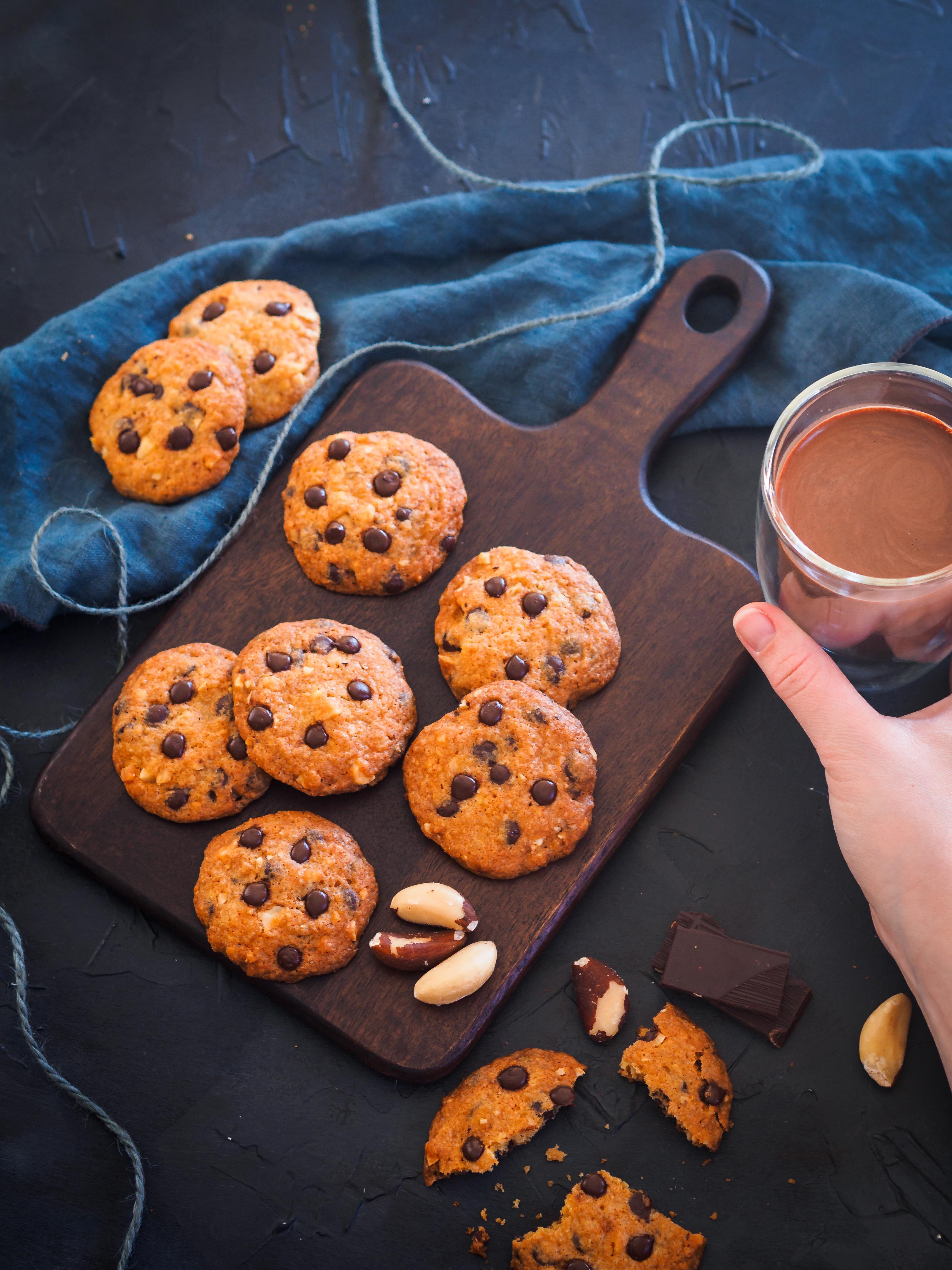 Schokocookies mit Paranüssen