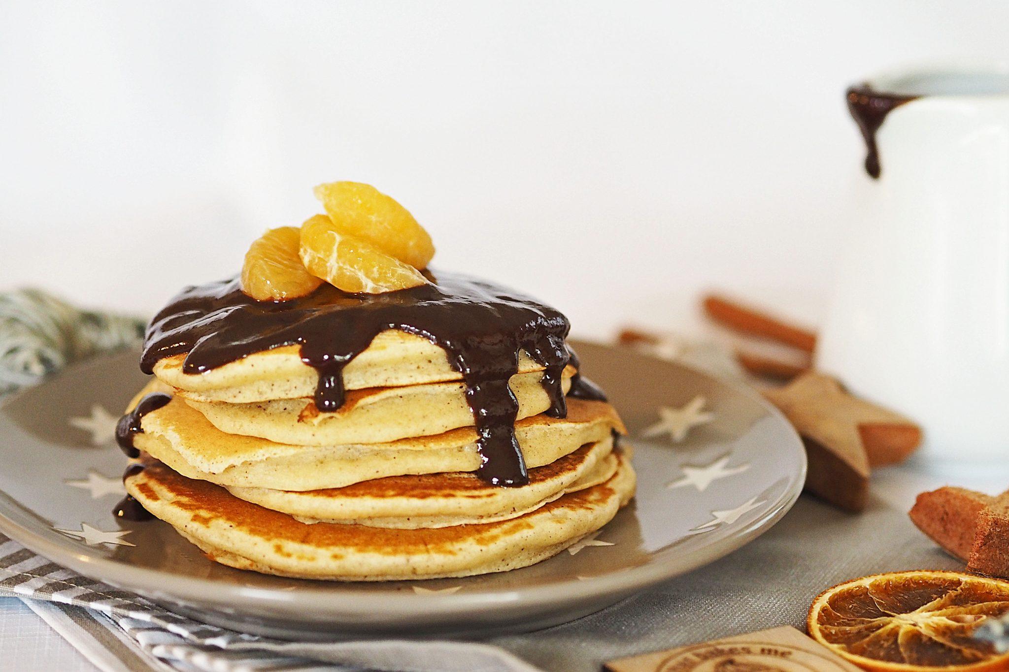 Pancake Mix Lebkuchen Schokoladensauce