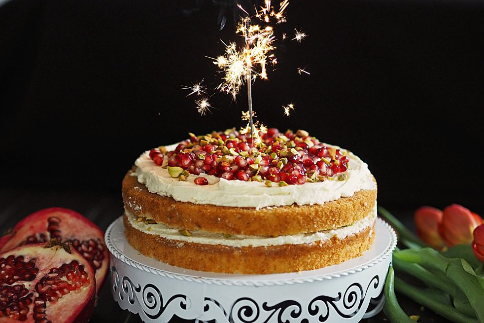 Torte Schoko Pistazie Granatapfel