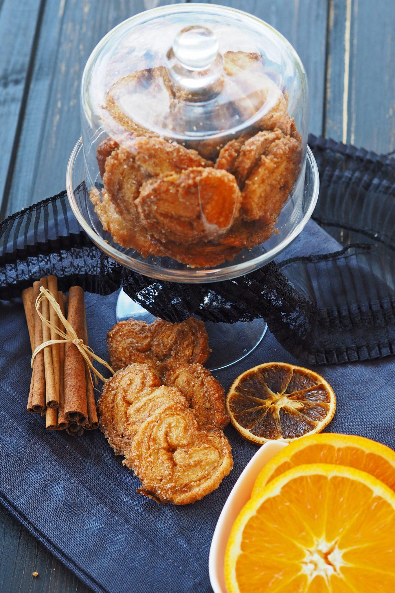 knuspriger Blätterteig Schweineohren mit Orange und Zimt
