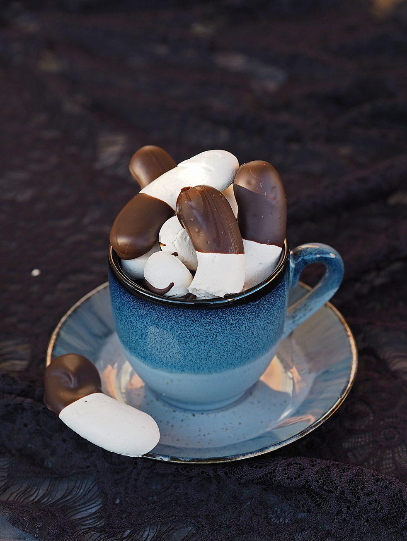 Windgebäck mit Bananengeschmack und Schokolade