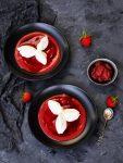 Quarknocken auf Fruchtspiegel