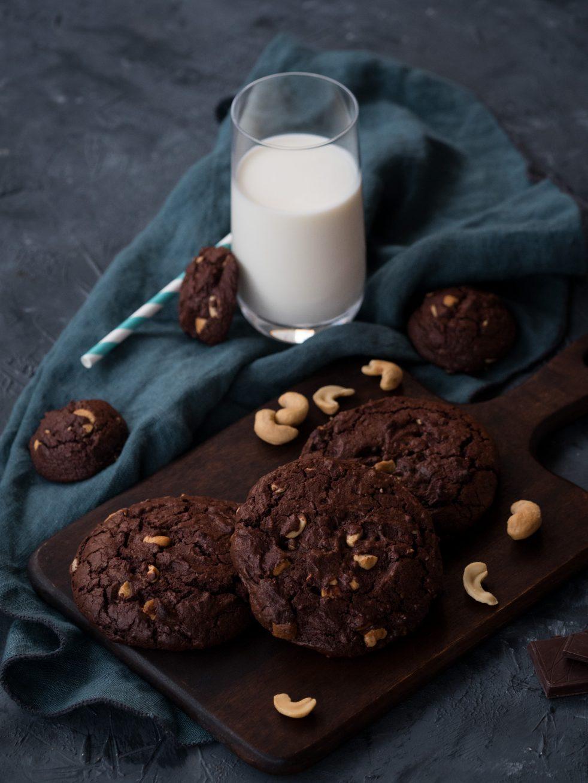 Schokoladenkekse mit Cashews