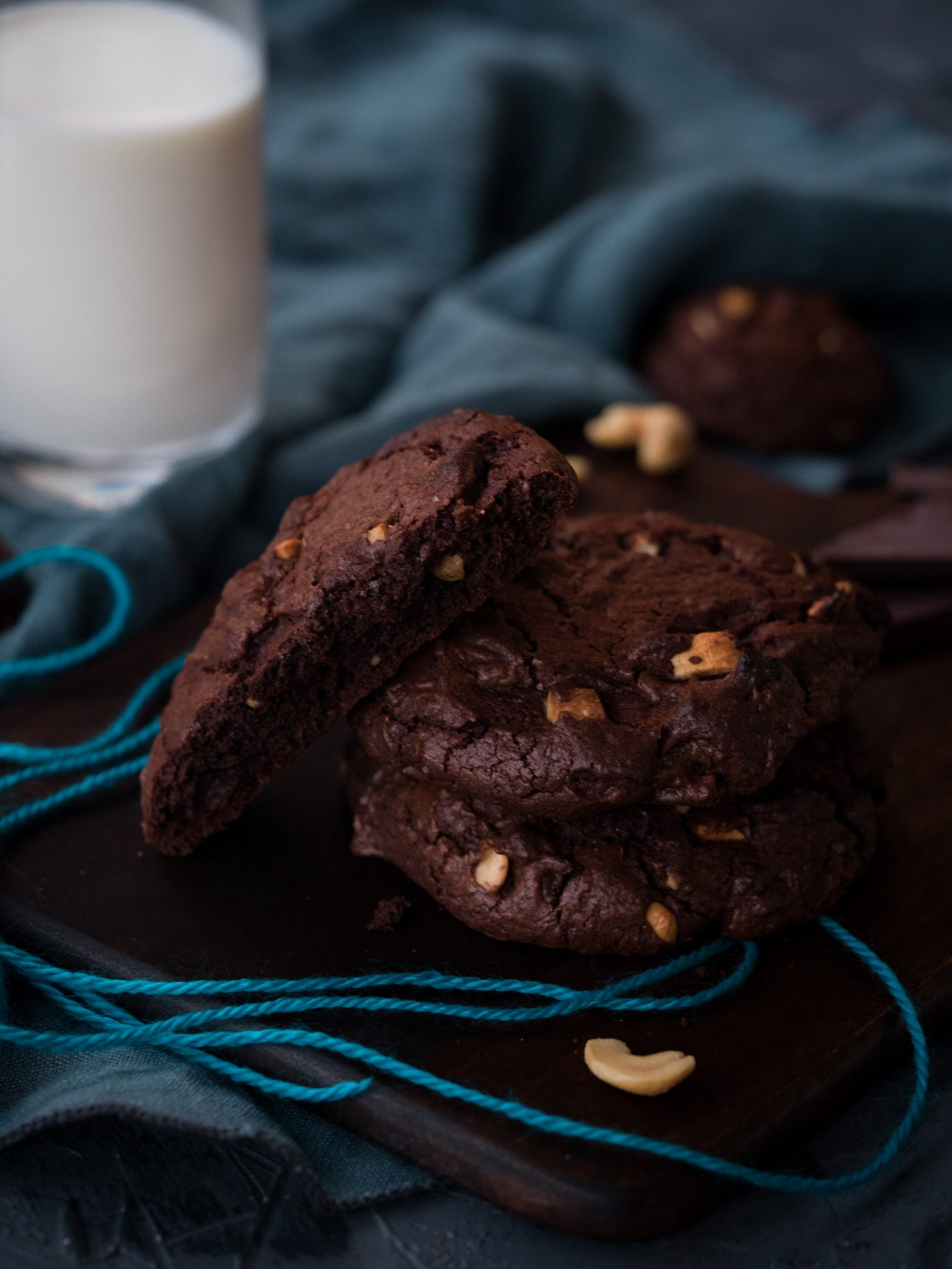 Chocolate Cookies mit Cashews