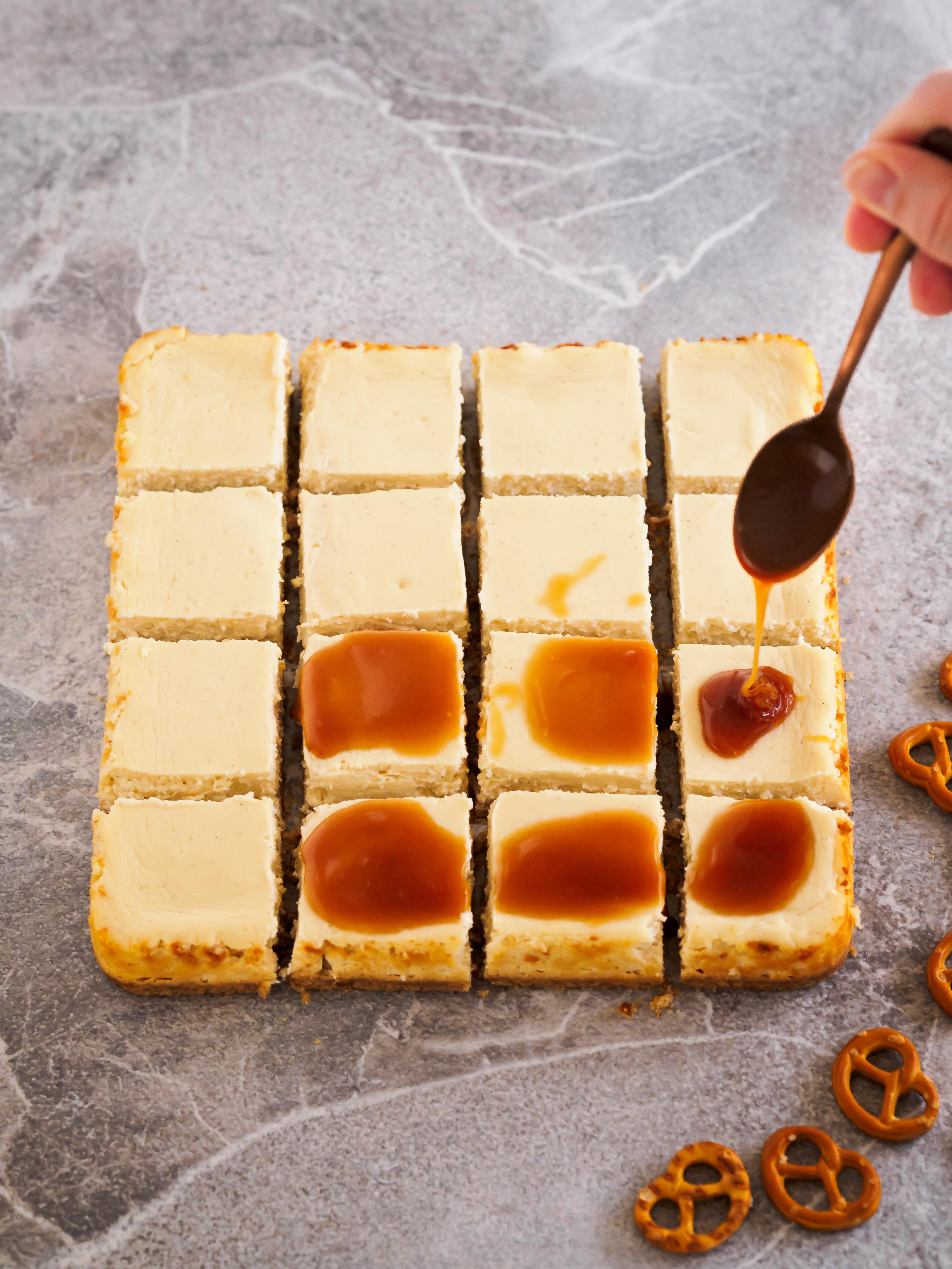 Cheesecake mit Salzkaramellsauce